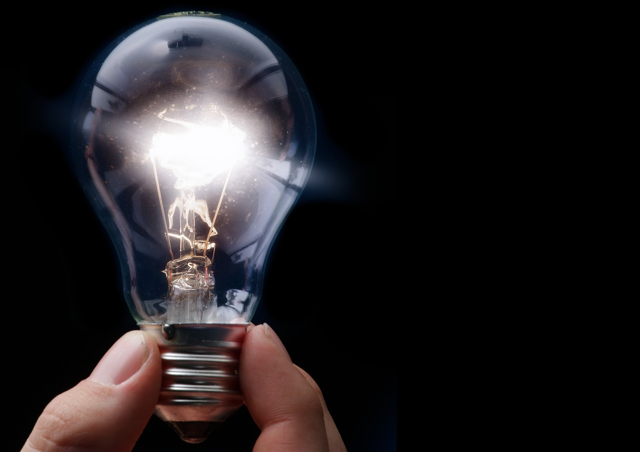 Why Some Light Bulbs Burn out Immediately? | Miami Electric